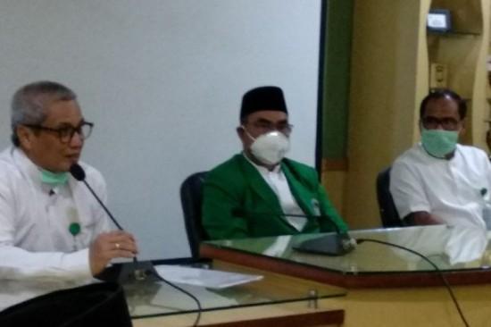 Rektor UMI Makassar, Sulsel Prof Basri Modding (tengah). Foto: ANT/Abdul Kadir