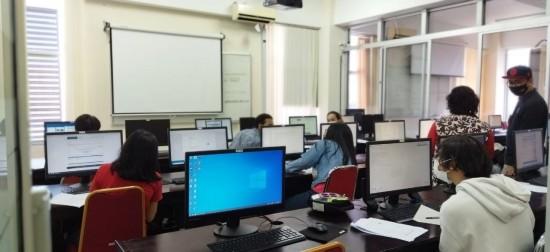 sertifikasi Microsoft Technology Associate (MTA) bagi mahasiswa Informatika UKDW. Foto: UKDW/Humas.