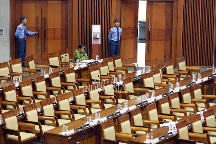 Paripurna Bahas 3 RUU, 257 Anggota DPR Absen