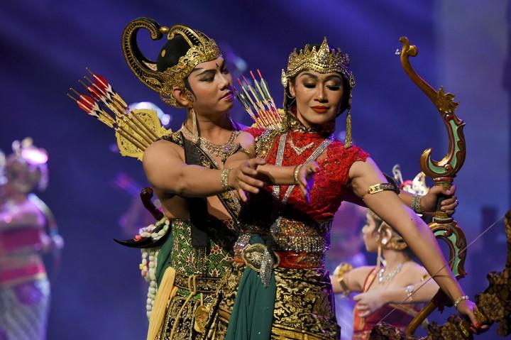 Wayang Orang Arjuna Dan Srikandi Ki Dalang Rohmad Hadiwijoyo