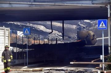 Tiga Orang Tewas dalam Ledakan Truk Tanker di Italia
