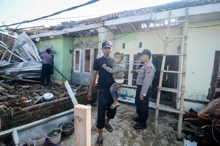 Ratusan Rumah Warga Rancaekek Diamuk Puting Beliung