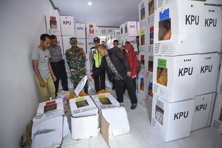 800 Kotak Suara di Bogor Rusak Akibat Banjir