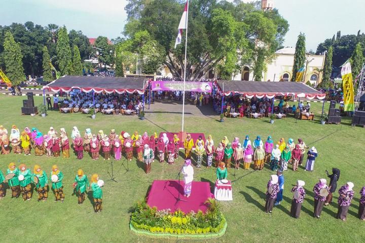 Peringatan Hari Kartini di Pekalongan Pecahkan Rekor MURI