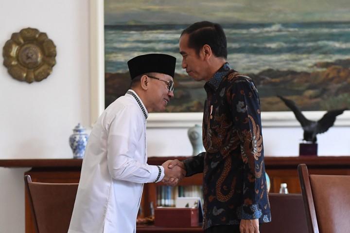 Jokowi Terima Zulkifli Hasan