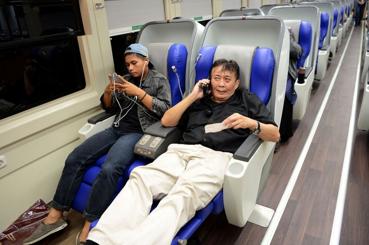 PT KAI Luncurkan Kereta Sleeper Luxury 2