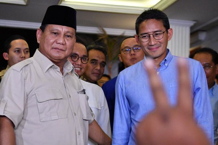 Meski Kecewa, Prabowo-Sandi Hormati Putusan MK