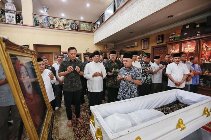 Ibunda SBY Akan Dimakamkan di TPU Tanah Kusir