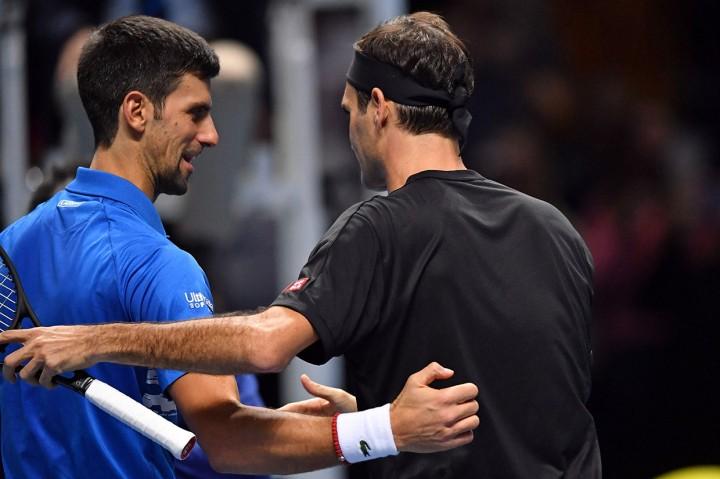 Federer Susul Tsitsipas dan Thiem ke Semifinal ATP Finals