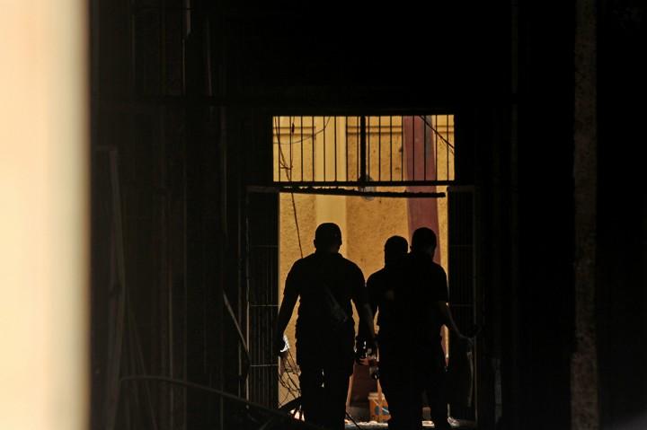 Polisi Olah TKP Kebakaran SMK Yadika 6 Bekasi
