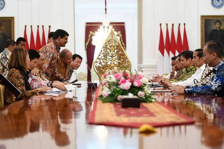 Jokowi Menerima Pengurus API dan APSyFI