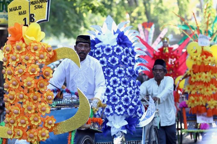 Festival Endog-Endogan Meriahkan Maulid Nabi di Banyuwangi
