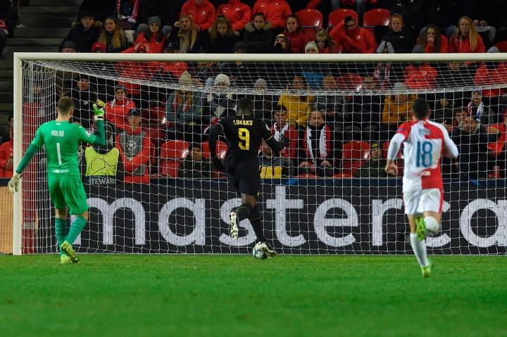 Inter Milan Tekuk Slavia Praha 3-1