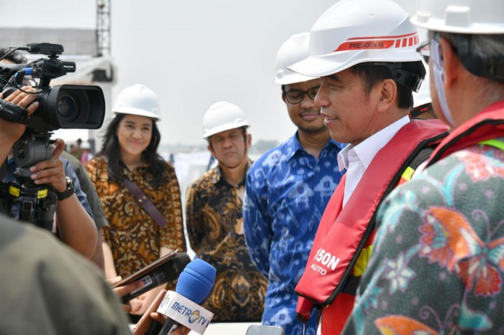 Jokowi Tinjau Pelabuhan Patimban