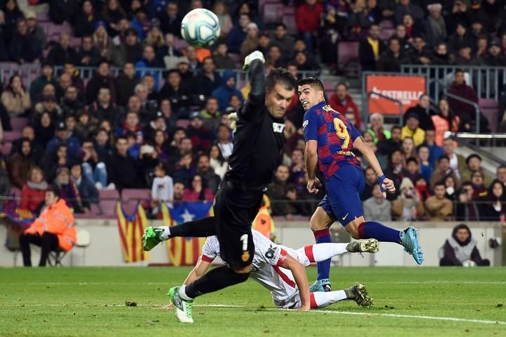 Messi Hattrick, Barca Gilas Mallorca 5-2