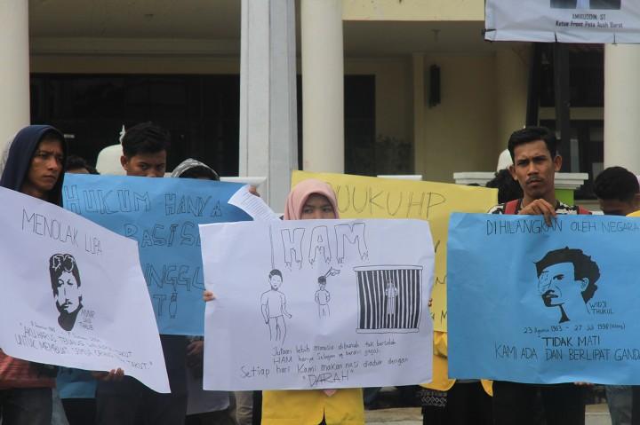 Aksi Peringatan Hari HAM Sedunia di Sejumlah Daerah
