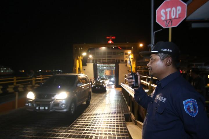 ASDP Percepat Bongkar Muat di Pelabuhan Ketapang