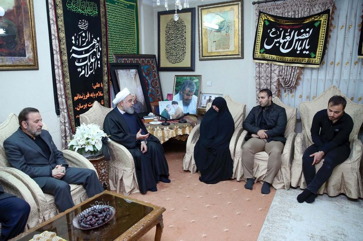 Ribuan Warga Irak Antar Soleimani ke Peristirahatan Terakhir
