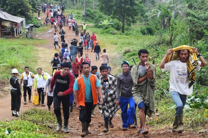 Perjuangan 4.146 Warga Sukajaya Bogor ke Tempat Pengungsian