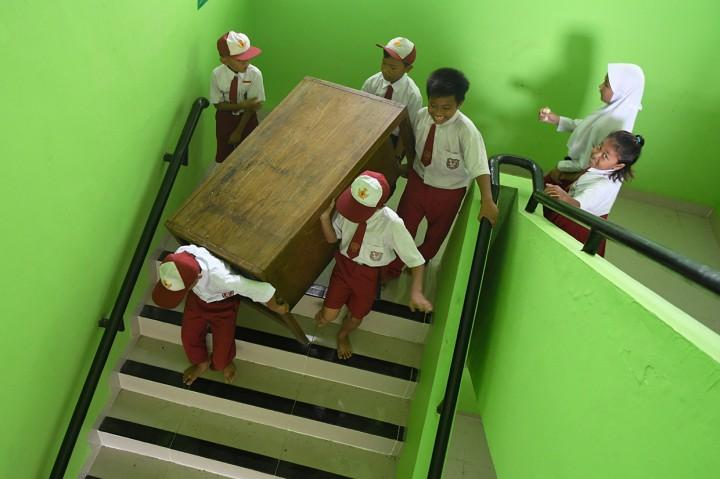 Suasana Hari Pertama Sekolah Pascabanjir