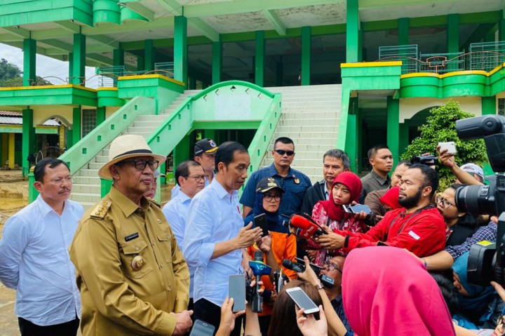 Jokowi: Banjir Lebak Akibat Tambang Liar dan Illegal Logging