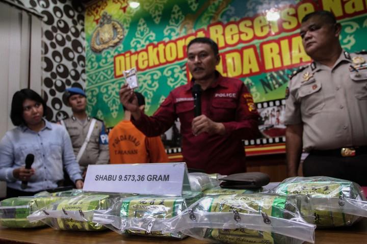 Polisi Tembak Mati Pengedar Narkoba di Riau