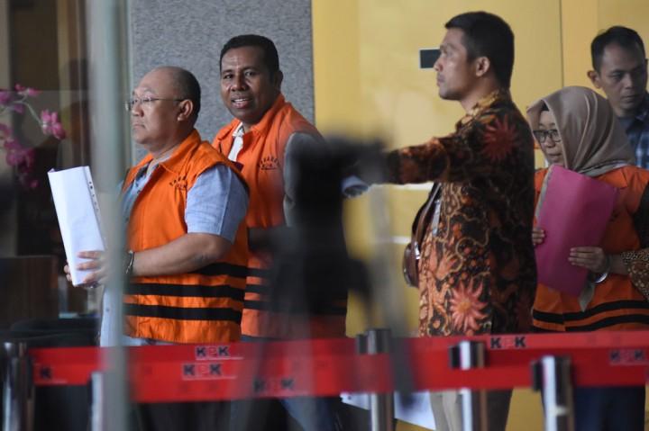Bupati Sidoarjo Jalani Pemeriksaan Perdana sebagai Tersangka