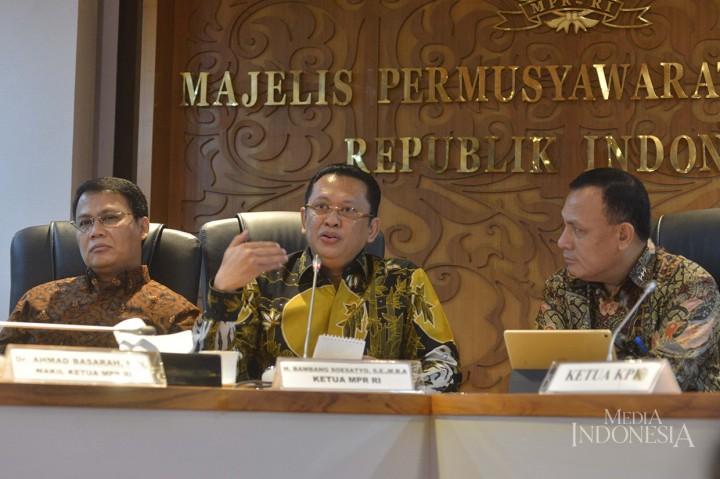 Ketua MPR Minta KPK Kawal Skandal Jiwasraya dan Asabri
