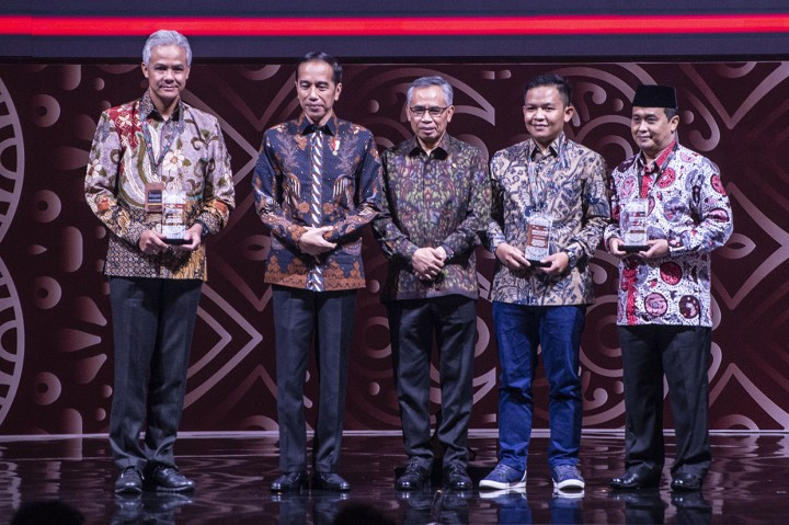 OJK Beri Tiga Penghargaan dalam Pertemuan Tahunan 2020