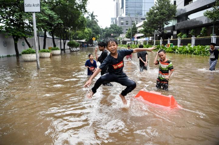 Sejumlah Ruas Jalan Ibu Kota Terendam Banjir