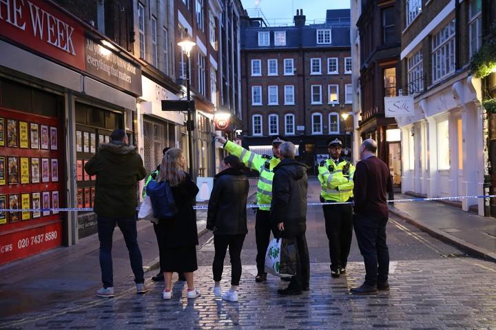 Bom PD II Ditemukan di London, Warga Dievakuasi