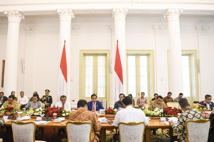 Jokowi Ingin Masyarakat Tidak Panik Hadapi Virus Korona