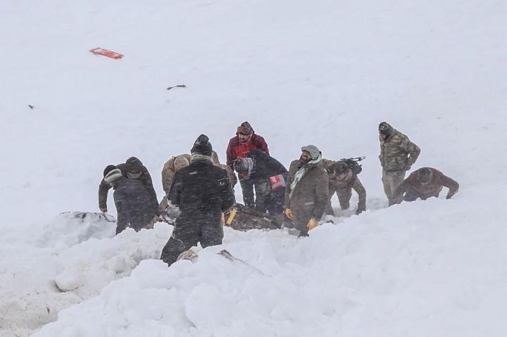 38 Tewas Tertimpa Salju Longsor di Turki