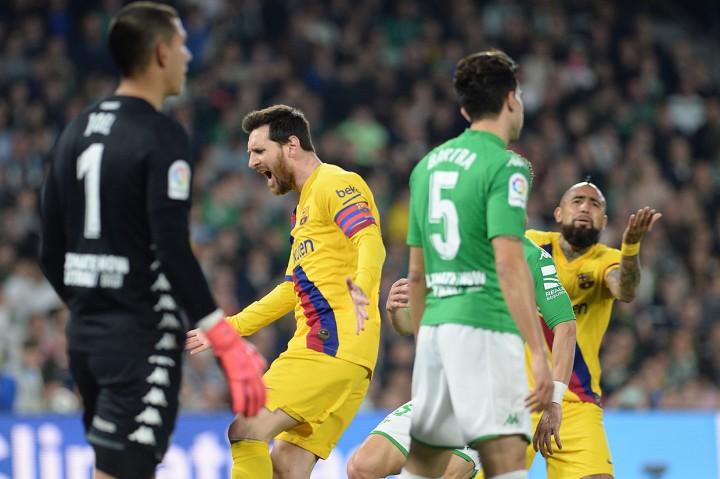 Barcelona Kalahkan Betis 3-2