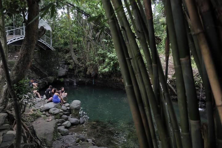 Kunjungi Wisata Alam Blue Lagoon