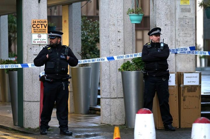 Penikaman Terjadi di Sebuah Masjid di London