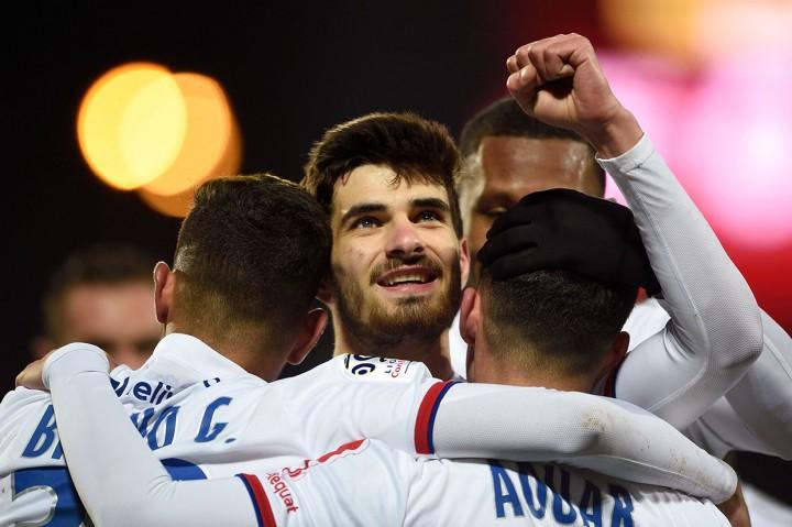 Lyon Amankan Tiga Poin dari Kandang Metz