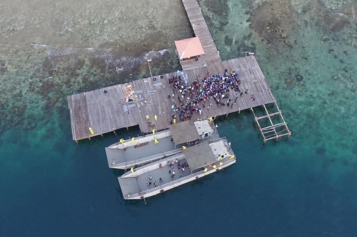 Saat ABK World Dream Tiba di Pulau Sebaru Kecil