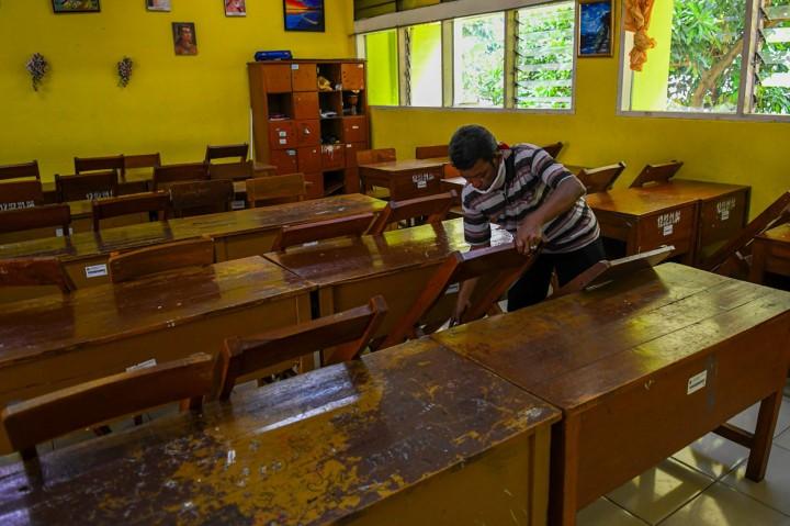 Suasana Sekolah dan Kampus yang Diliburkan Akibat Korona