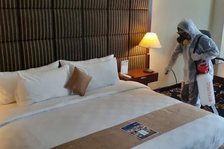 Antisipasi Covid-19, Sejumlah Hotel di Jayapura Disemprot