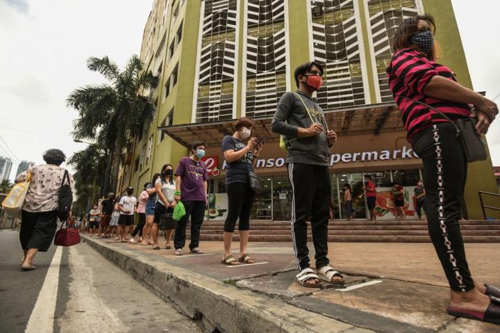 Potret Penerapan <i>Social Distancing</i> di Sejumlah Negara
