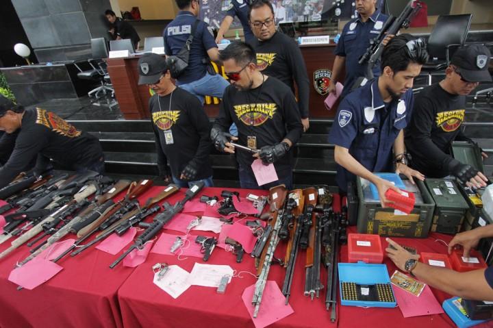 Polda Metro Jaya Ungkap Kasus Senjata Api Ilegal
