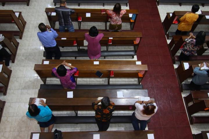 Jemaat Gereja Maria Ratu Damai Banyuwangi Gelar Misa Terakhir
