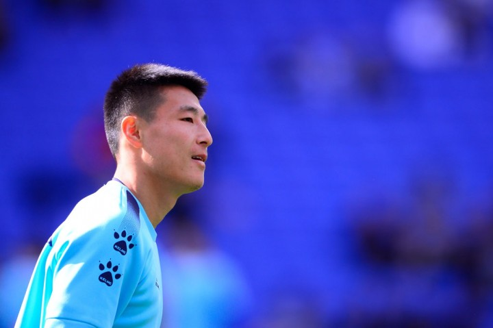 Penggawa Espanyol Wu Lei Positif Covid-19