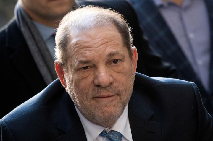 Harvey Weinstein Positif Terinfeksi Korona di Penjara