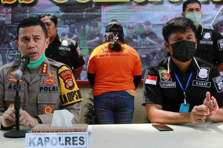 Polisi Ringkus Mahasiswi Pelaku Penipuan Jual Beli Masker