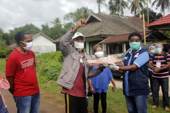 Kebahagiaan Pasien di Kota Sorong yang Sembuh dari Covid-19