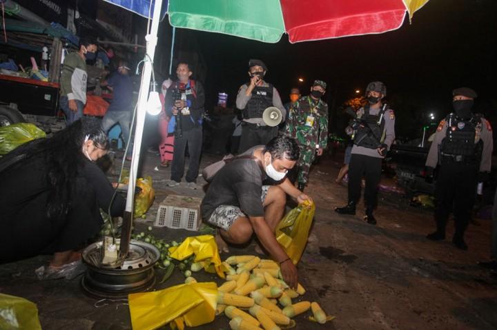 Operasional Pasar Tradisional di Kota Palangkaraya Dibatasi