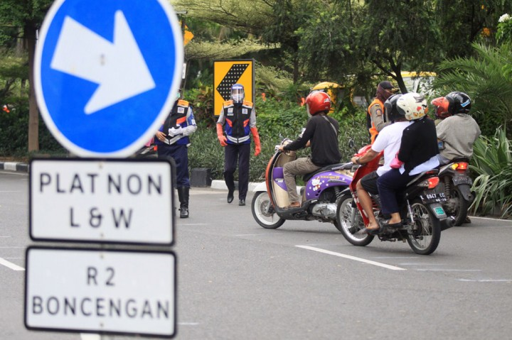 PSBB di Surabaya Raya Diperpanjang