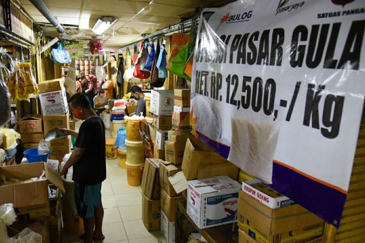 Bulog Operasi Pasar Gula, Harga Maksimal Rp13.500/kg